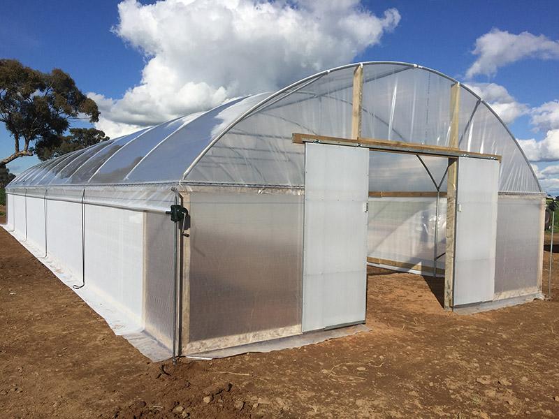پوشش گلخانه ، پوشش پلی کربنات ، پوشش نایلونی گلخانه ، پوشش شیشه ای گلخانه ، پوشش فایبر گلاس گلخانه ، قیمت ، طراحی ، پلی اتیلن دوجداره